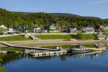 Cityscape, Tadoussac, Saint Lawrence estuary, La Haute-Cv¥te-Nord, Quebec, Canada, North America