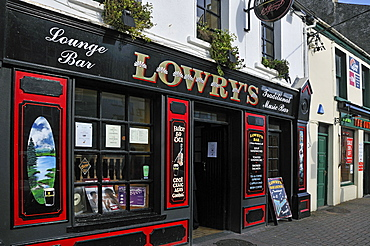Lowry's Pub, Clifden, Connemara, County Galway, Connacht, Republic of Ireland, Europe
