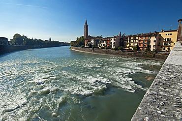 Ponte Pietra, Adige, Verona, Veneto, Italy, Europe