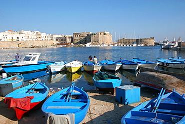 The harbor, Gallipoli, Salentine Peninsula, Apulia, Italy
