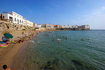 Beach in the old town, Gallipoli, Salentine Peninsula, Apulia, Italy