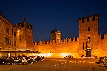 Castelvecchio castle by night,  Verona, Veneto, Italy, Europe