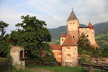 Castel Forte,Trostburg, Cavalcata Osvald von Wolkenstein historical ride, Alpi di Siusi, Trentino Alto Adige, Italy, Europe