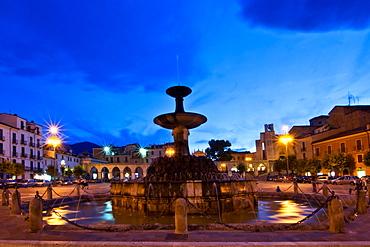 Fountain in Piazza Garibaldi square, Sulmona, L'Aquila, Abruzzo, Italy, Europe