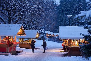 Levico Terme park Christmas market, Valsugana, Trentino, Italy, Europe