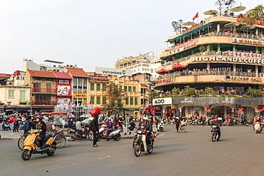 Traffic in the city center of Hanoi nearby the Hoan Kiem lake, Hanoi, Vietnam, Indochina, Southeast Asia, Asia