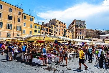 Campo de Fiori square, daily market with the statue of Giordano Bruno in the background, Rome, Lazio, Italy, Europe