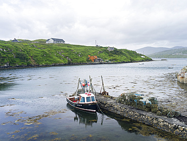 Scalpay, Outer Hebrides, a small island close to the Isle of Harris. Only the construction of a bridge to Harris saved the population of Scalpay. Without the bridge, the island would habe been abandoned, an example of successfull rural regional development in Scotland. Europe, Scotland, July