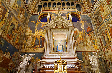 Chapel of the Corporal, Cathedral Basilica of Santa Maria Assunta is the main Catholic place of worship in Orvieto, and a masterpiece of Gothic architecture in Central Italy, Umbria, Italy, Europe
