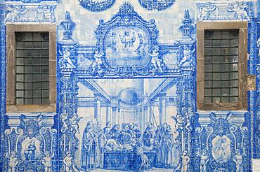 Capela Das Almas, Church in City Porto (Oporto) at Rio Douro. The old town is listed as UNESCO world heritage. Portugal, Europe