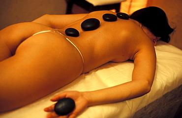 Hot stone therapy, Tombolo Talasso Resort, Marina di Castagneto Carducci, Tuscany, Italy