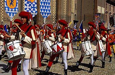 Drummers lead the procession, Palio di Asti, Asti, Piemonte, Italy