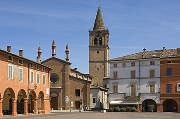 Piazza Verdi and Oratory of the Holy Trinity, where Verdi was married, Busseto, Emilia-Romagna, Italy, Europe