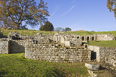 Extensive remains of the bath site which included changing rooms, hot rooms and cold plunge pools, on the edge of what is now the River North Tyne, dating from AD138, Cilurnum (Chesters Roman Fort), Hadrian's Wall, UNESCO World Heritage Site, Chollerford, Northumbria National Park, England, United Kingdom, Europe
