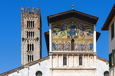 Painted panel above the entrance, San Frediano, Lucca, Tuscany, Italy, Europe