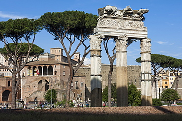 Basilica Aemilia, near Trajans Markets, Ancient Roman Forum, UNESCO World Heritage Site, Rome, Lazio, Italy, Europe