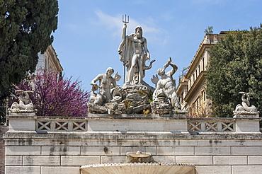 Neptune Fountain in Piazza del Popolo, Rome, Lazio, Italy, Europe