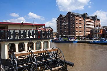 Gloucester Historic Docks, Dock Basin with paddle steamer, former warehouses, Gloucester, Gloucestershire, England, United Kingdom, Europe
