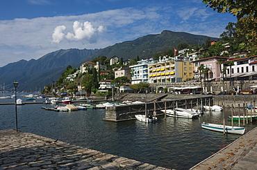 Old Harbour, Ascona, Locarno, Lake Maggiore, Ticino, Switzerland, Europe