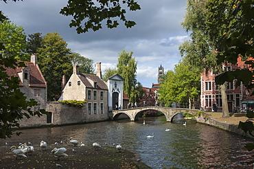 Bridge and Gateway to Begijnhof, Bruges, UNESCO World Heritage Site, Belgium, Europe
