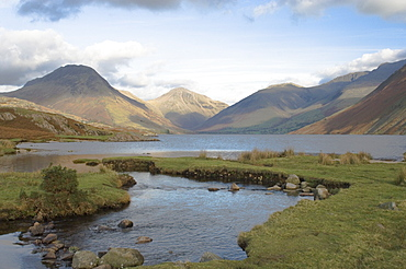 Lake Wastwater, Great Gable, Scafell, Scafell Pike, Yewbarrow, Lake District National Park, Cumbria, England, United Kingdom, Europe
