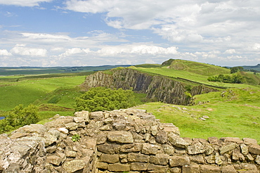 Hadrians Wall looking east from turret 45b, UNESCO World Heritage Site, Northumbria, England, United Kingdom, Europe