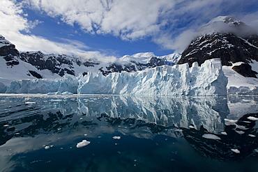 Glacier, Paradise Bay, Antarctic Peninsula, Antarctica, Polar Regions