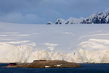 English Research Station, Penguin Colony, Port Lockroy, Antarctic Peninsula, Antarctica, Polar Regions