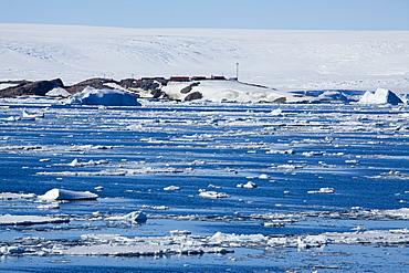 Research Station, Dumont d'Urville, Ile des Petrels, Antarctica, Polar Regions