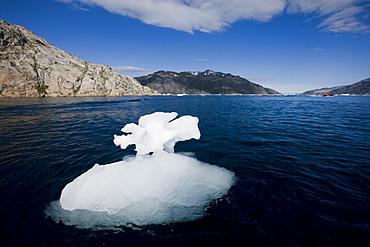 Ice floe, Prince Christian Sund, Greenland, Arctic, Polar Regions