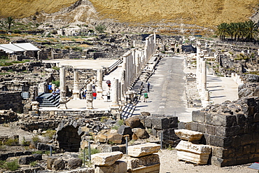 Ruins of the Roman-Byzantine city of Scythopolis, Tel Beit Shean National Park, Beit Shean, Israel, Middle East