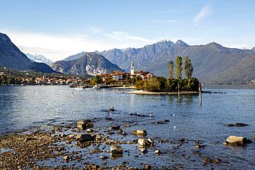 View over Isola Superiore (Isola dei Pescatori) from Isola Bella, Borromean Islands, Lake Maggiore, Italian Lakes, Piedmont, Italy, Europe