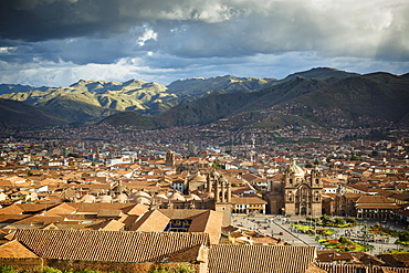 Elevated view over Cuzco and Plaza de Armas, Cuzco, UNESCO World Heritage Site, Peru, South America