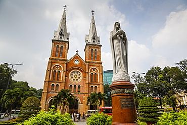 Notre Dame cathedral, Ho Chi Minh City (Saigon), Vietnam, Indochina, Southeast Asia, Asia