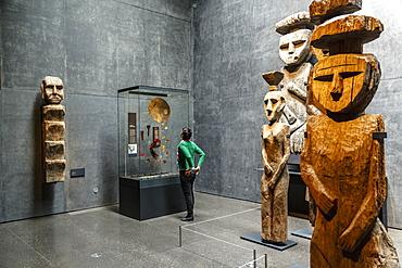 Wooden Mapuche burial statues at the Museo Chileno de Arte Precolombino, Santiago, Chile, South America