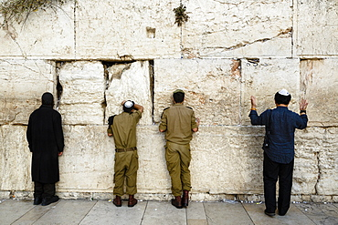 Jewish people praying at the Western Wall (Wailing Wall), UNESCO World Heritage Site, Jerusalem, Israel, Middle East