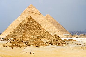 The Pyramids of Giza, Giza, UNESCO World Heritage Site, near Cairo, Egypt, North Africa, Africa