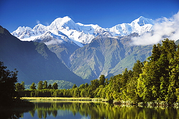 Lake Matheson, Mount Tasman and Mount Cook, Westland Tai Poutini National Park, UNESCO World Heritage Site, West Coast, Southern Alps, South Island, New Zealand, Pacific - 756-1631