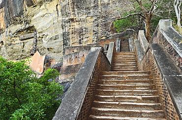 Stairs leading to top of Sigiriya (Lion Rock), UNESCO World Heritage Site, Sri Lanka, Asia