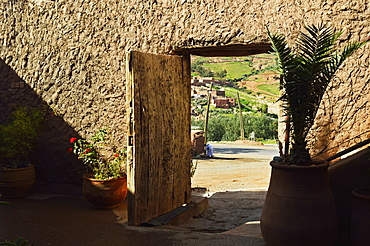Doorway, near Tahnaout, High Atlas, Morocco, North Africa, Africa