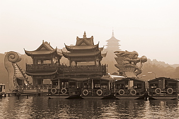 Boat on West Lake, Hangzhou, Zhejiang Province, China, Asia