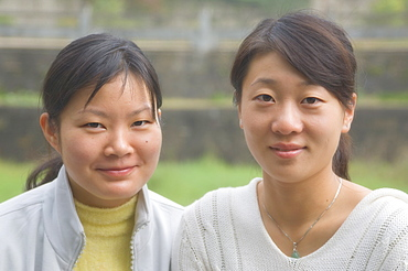 Portrait of two young Chinese women, Huangshan City (Tunxi), Anhui Province, China, Asia