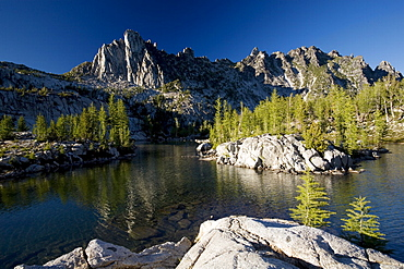 Prusik Peak, Leprechaun Lake, Enchantment Lakes, Alpine Lakes Wilderness, Leavenworth region, Washington State, United States of America, North America