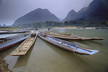 River boats, Muang Ngoi, Laos, Indochina, Southeast Asia, Asia