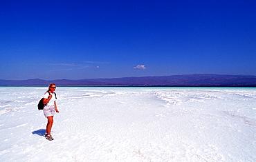 Tourist at Lac Assal, Lake Assal, Djibouti, Djibuti, Africa, Afar Triangle