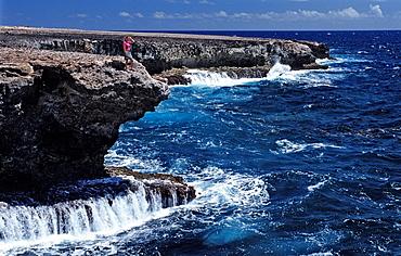 Woman and surging billows, Netherlands Antilles, Bonaire, Caribbean Sea, Washington Slagbaai National Park, Suplad—