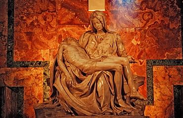 Michelangelo s Pieta, Italy, Rome, Vatican City