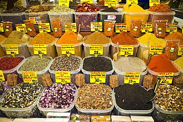 Spices at Spice Bazaar, Istanbul, Turkey