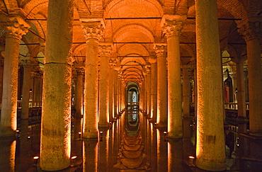 Yerebatan Sarayi Cistern, Istanbul, Turkey