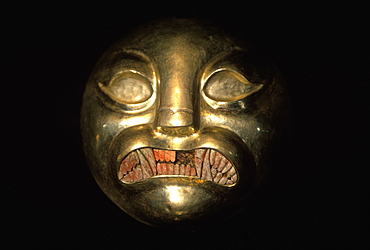 Gold Artifacts Moche (Mochica) Culture, 100 to 700AD, NCoast artifact from the Lord of Sipan Tomb, c300AD, gilded copper feline head with shell teeth, Peru